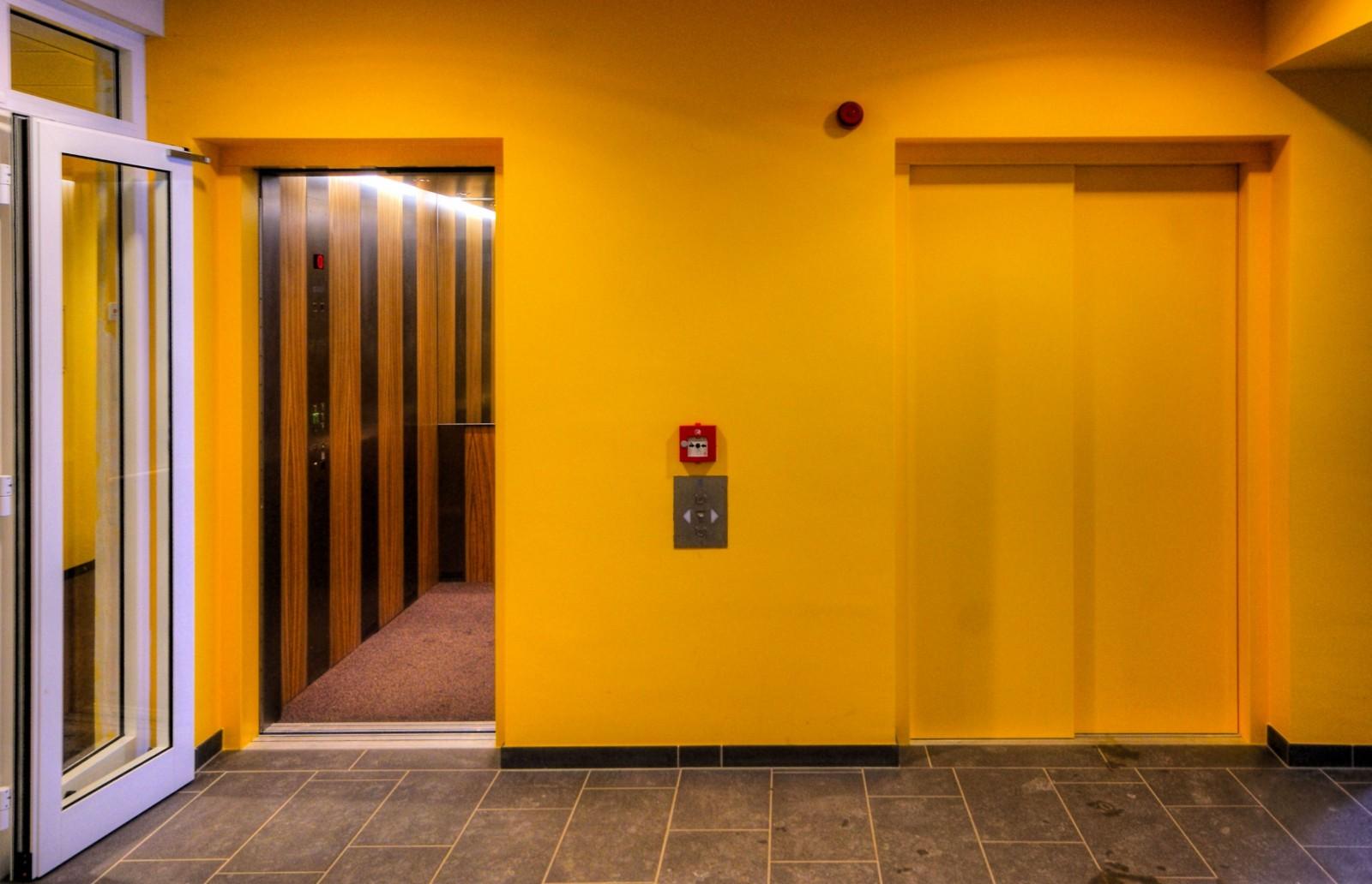 Etage in einer Einrichtung