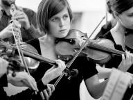 Bild: Mitglieder eines Orchesters