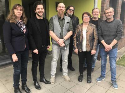 Von links nach rechts: Martina Müller, Felix Banaszak, Frank Zittlau, Dirk Bender, Karen Haltaufderheide, Holger Schelte, Reinha